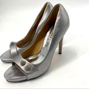 Badgley Mischka Simba II silver leather heels 8.5
